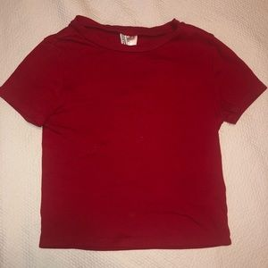 Basic cropped red T-shirt